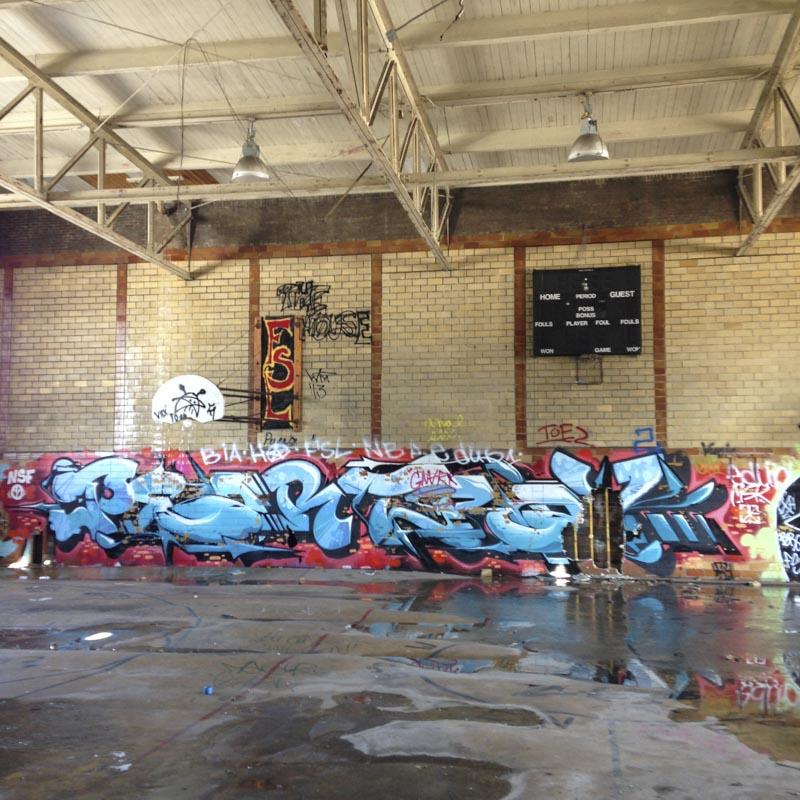 1xRun_Features_Iphone_Graffiti-28