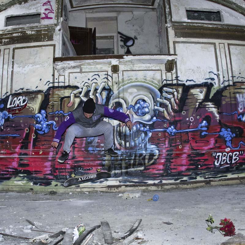 1xRun_Features_Iphone_Graffiti-43
