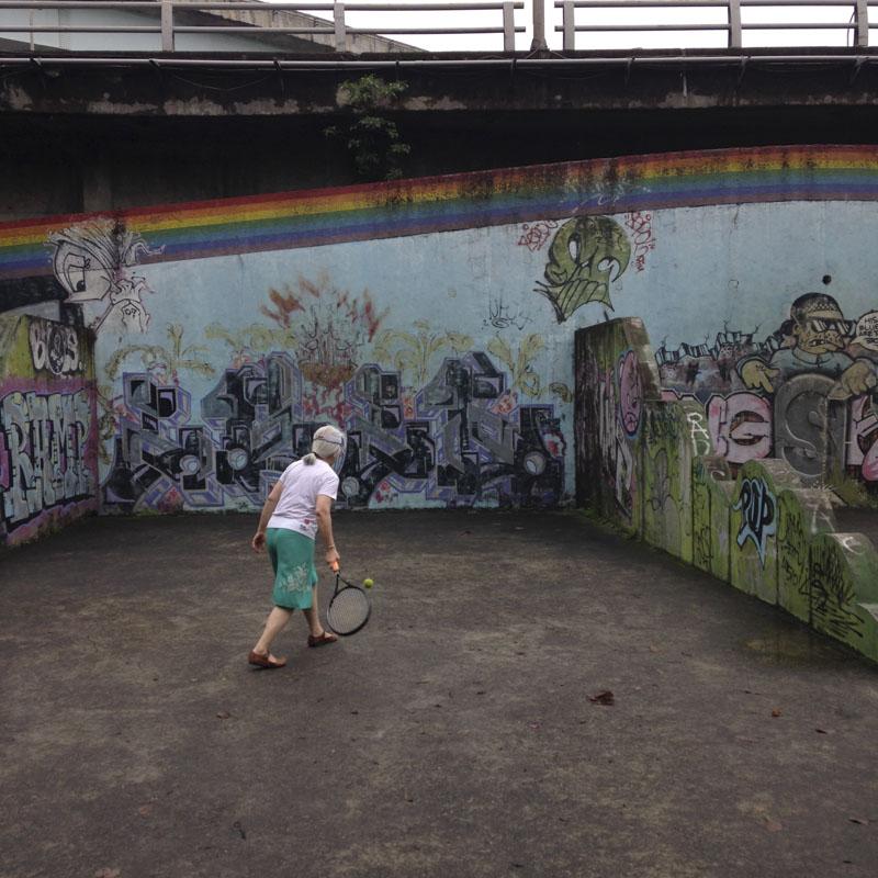 1xRun_Features_Iphone_Graffiti-50