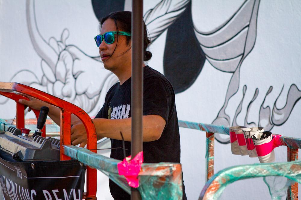 Pow-Wow-Long-Beach-1xrun-in-progress-mural-photos--25