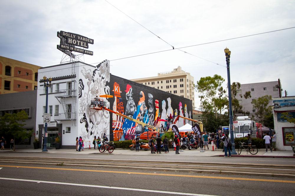 Pow-Wow-Long-Beach-1xrun-in-progress-mural-photos--36