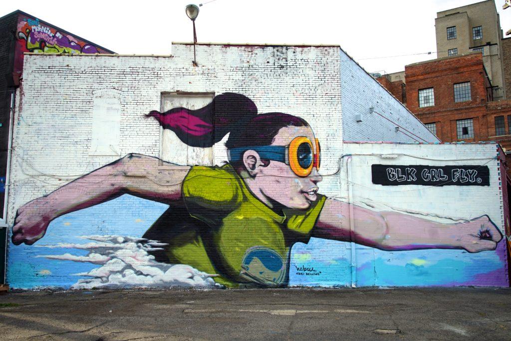 hebru-brantley_muralsinthemarket_1xrun_finished-walls
