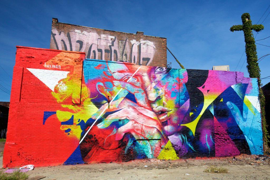 hueman_muralsinthemarket_1xrun_finished-walls
