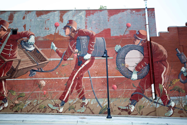 pat-perry_muralsinthemarket_1xrun_finished-walls-5